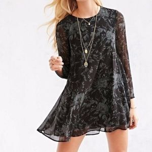 Urban Outfitters Ecote Floral Long Sleeve Dress S